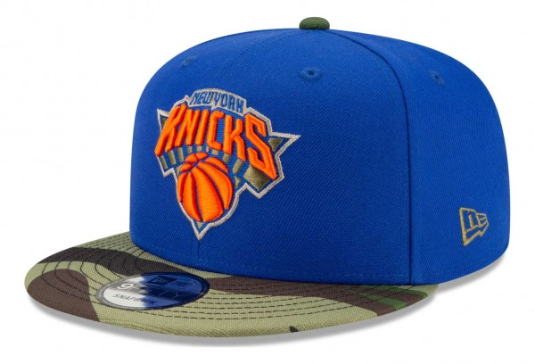 New Era - NBA New York Knicks ASG Camo 9Fifty Snapback Cap - Blau Ansicht vorne schräg rechts
