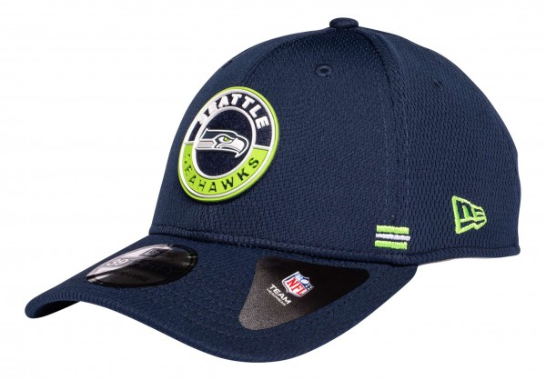 New Era - NFL Seattle Seahawks OnField 2020 Sideline Road Alternative 39Thirty Stretch Cap - Blau Ansicht vorne schräg links