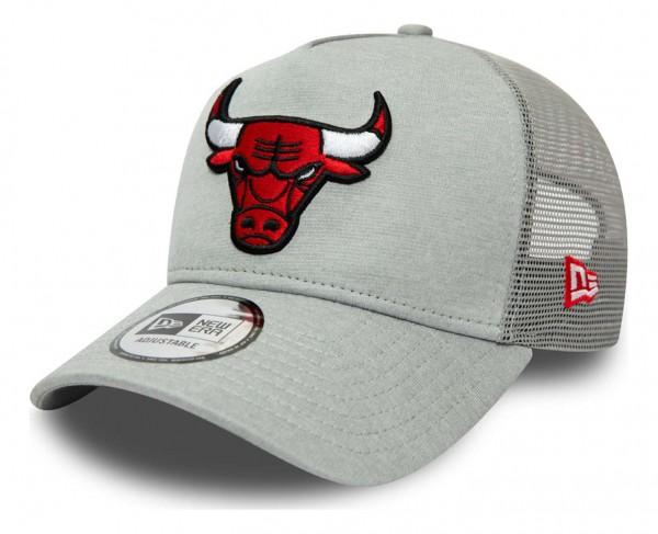 New Era - NBA Chicago Bulls Shadow Tech Trucker Snapback Cap - Grün Ansicht vorne schräg links