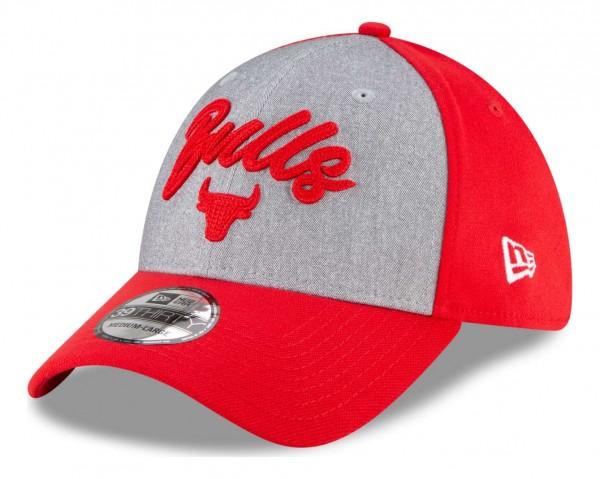 New Era - NBA Chicago Bulls 2020 Draft Edition 39Thirty Stretch Cap - Rot Ansicht vorne schräg links