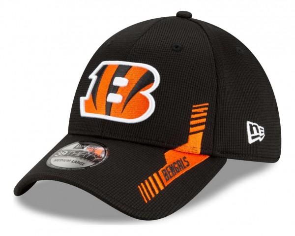 New Era - NFL Cincinnati Bengals 2021 Sideline Home 39Thirty Stretch Cap - Schwarz Ansicht vorne schräg links