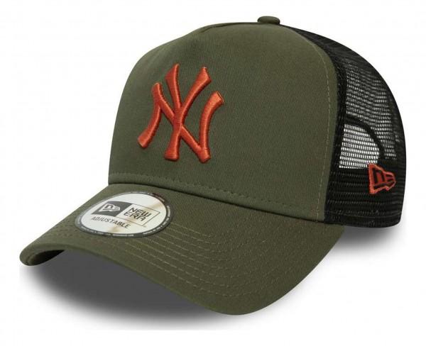 New Era - MLB New York Yankees League Essential Trucker A-Frame Snapback Cap - Grün Ansicht vorne schräg rechts