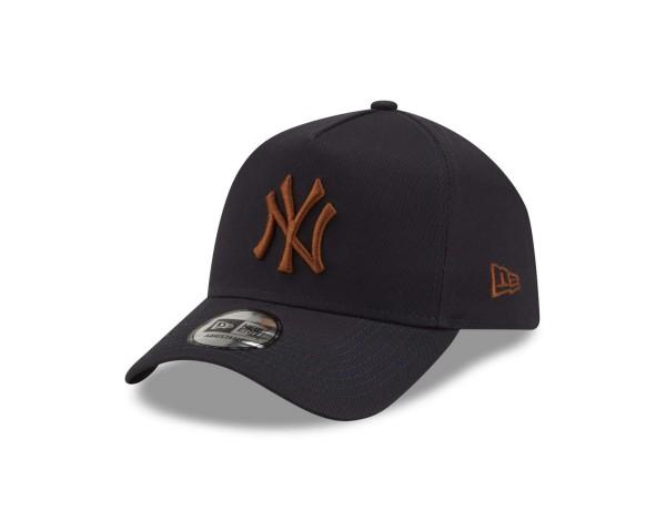 New Era - MLB New York Yankees League Essential E-Frame Snapback Cap - Blau Ansicht vorne schräg links