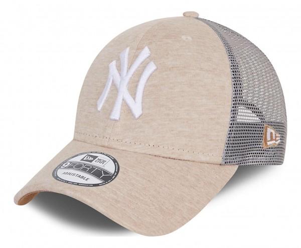 New Era - MLB New York Yankees Home Field 9Forty Trucker Snapback Cap - Beige Ansicht vorne schräg links