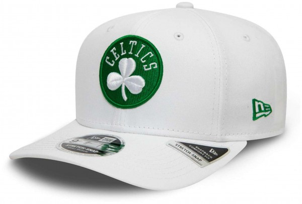 New Era - NBA Boston Celtics White Base 9Fifty Snapback Cap - Weiß Ansicht vorne schräg links