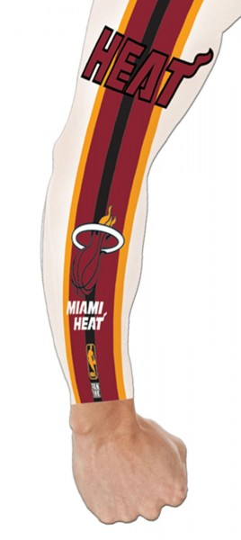 Forever Collectibles - NBA Miami Heat Tattoo Sleeve - Mehrfarbig Gesamtansicht