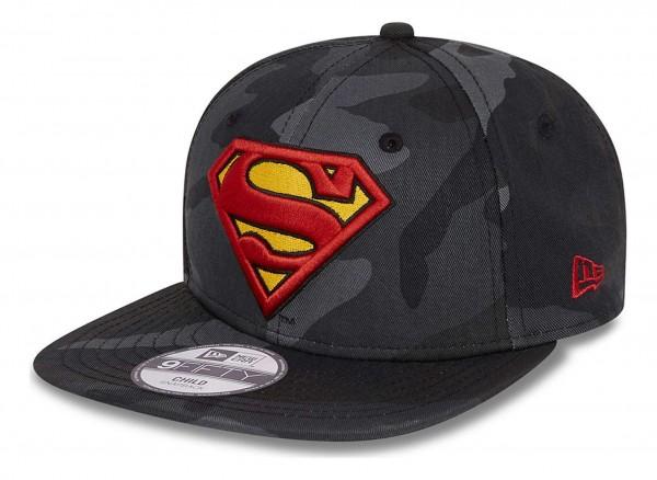 New Era - DC Comics Superman Camo 9Fifty Kids Snapback Cap - Grau Ansicht vorne schräg links