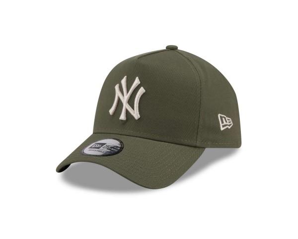 New Era - MLB New York Yankees League Essential E-Frame Snapback Cap - Grün Ansicht vorne schräg links