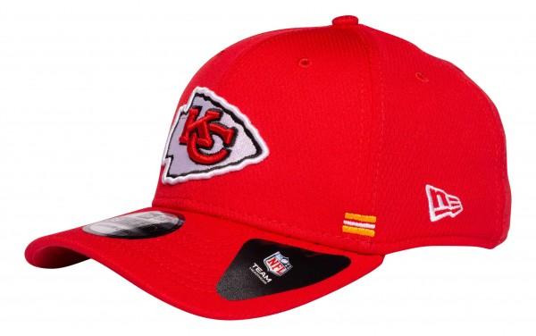 New Era - NFL Kansas City Chiefs OnField 2020 Sideline Home 39Thirty Stretch Cap - Rot Ansicht vorne schräg links