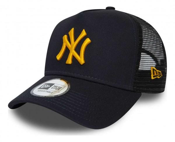 New Era - MLB New York Yankees League Essential Trucker A-Frame Snapback Cap - Blau Ansicht vorne schräg rechts
