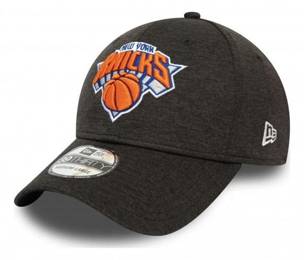 New Era - NBA New York Knicks Black Base Team Pop 39Thirty Stretch Cap - Schwarz Ansicht vorne schräg rechts