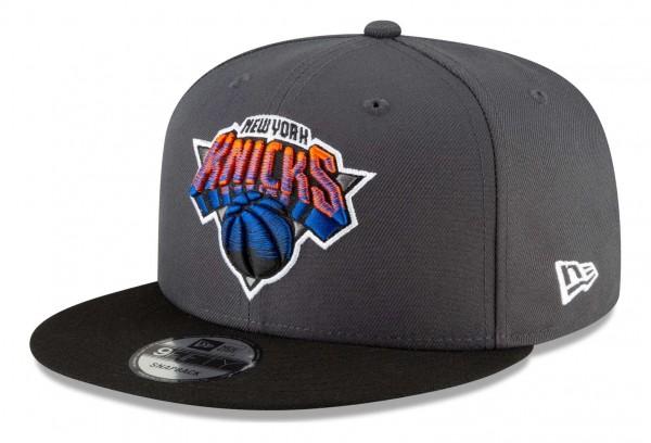 New Era - NBA New York Knicks 2020 City Series Alternate 9Fifty Snapback Cap - Grau Ansicht vorne schräg links