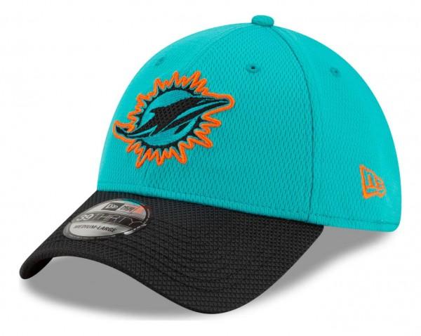 New Era - NFL Miami Dolphins 2021 Sideline Road 39Thirty Stretch Cap - Türkis Ansicht vorne schräg links