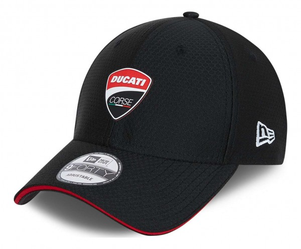 New Era - Ducati Hex Era 9Forty Strapback Cap - Schwarz Ansicht vorne schräg links