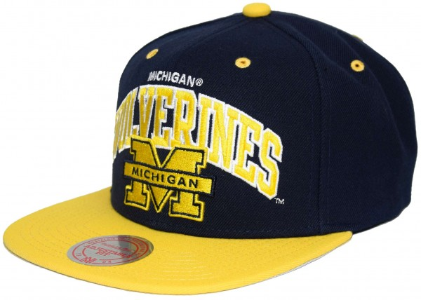 Mitchell & Ness - Michigan Wolverines Team Arch Snapback Cap - Blau Ansicht vorne links