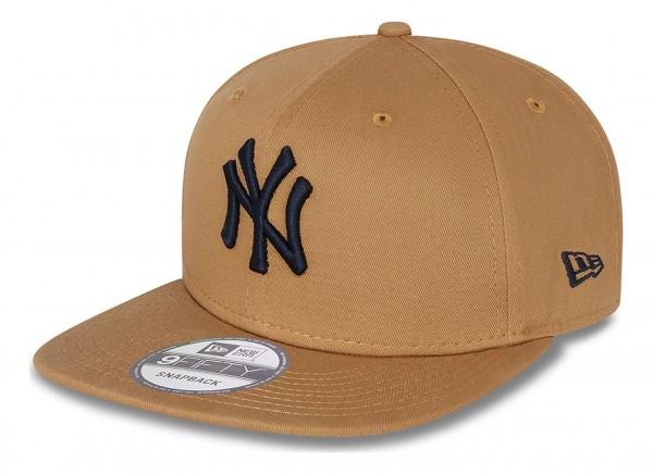 New Era - New York Yankees League Essential 9Fifty Snapback Cap - Beige Ansicht vorne schräg links