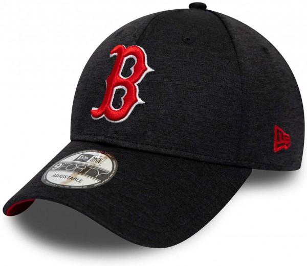 New Era - MLB Boston Red Sox Team Shadow Tech 9Forty Strapback - Blau Ansicht vorne schräg links