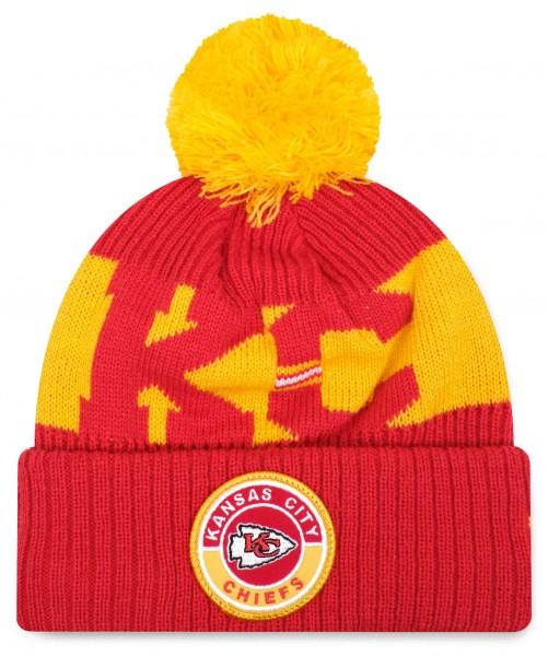 New Era - NFL Kansas City Chiefs On Field 2020 Sport Knit Bobble Beanie - Rot Vorderansicht