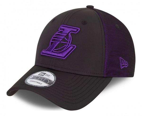 New Era - NBA Los Angeles Lakers Mesh Undelay 9Forty Strapback Cap - Schwarz Ansicht vorne schräg links
