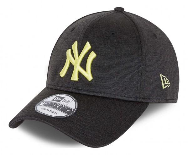 New Era - MLB New York Yankees Shadow Tech 9Forty Strapback Cap - Grau Ansicht vorne schräg links
