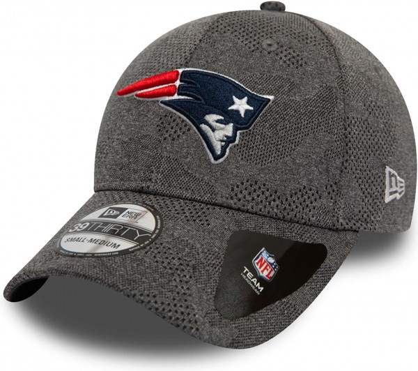 New Era - NFL New England Patriots Engineered Plus 39Thirty Stretch Cap - Grau Ansicht schräg links