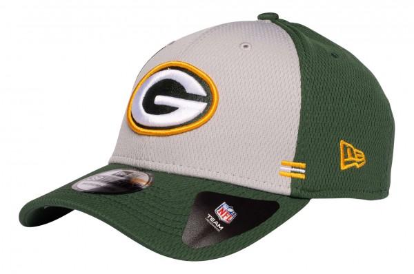 New Era - NFL Green Bay Packers OnField 2020 Sideline Home 39Thirty Stretch Cap - Grün Ansicht vorne schräg links