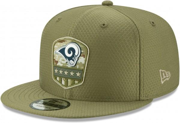 New Era - NFL Los Angeles Rams On Field 2019 Salute to Service 9Fifty Snapback Cap - Olivgrün Ansicht vorne schräg links