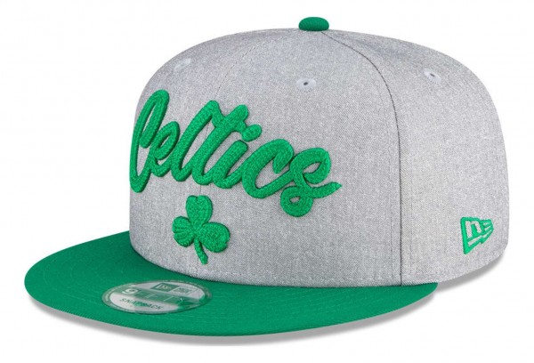 New Era - NBA Boston Celtics 2020 Draft Edition 9Fifty Snapback Cap - Grau-Grün Ansicht vorne schräg links