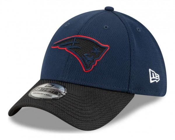 New Era - NFL New England Patriots 2021 Sideline Road 39Thirty Stretch Cap - Blau Ansicht vorne schräg links