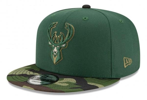 New Era - NBA Milwaukee Bucks ASG Camo 9Fifty Snapback Cap - Grün Ansicht vorne schräg rechts