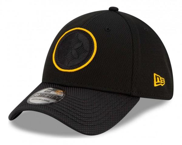 New Era - NFL Pittsburgh Steelers 2021 Sideline Road 39Thirty Stretch Cap - Schwarz Ansicht vorne schräg links