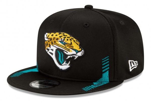 New Era - NFL Jacksonville Jaguars 2021 Sideline Home 9Fifty Snapback Cap - Schwarz Ansicht vorne schräg links