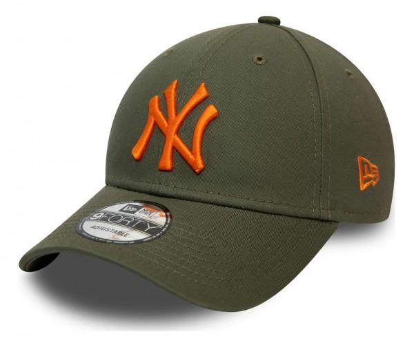New Era - MLB New York Yankees League Essential 9Forty Strapback Cap - Grau Ansicht vorne schräg links