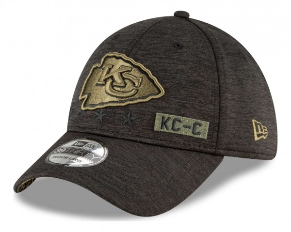 New Era - NFL Kansas City Chiefs 2020 Salute to Service 39Thirty Stretch Cap - Schwarz Ansicht vorne schräg rechts