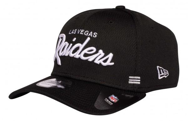 New Era - NFL Las Vegas Raiders OnField 2020 Sideline Home 39Thirty Stretch Cap - Schwarz Ansicht vorne schräg links