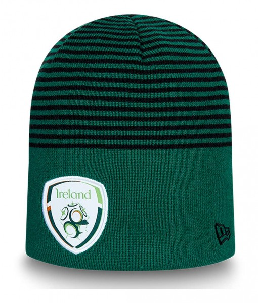 New Era - Football Association of Ireland Stripe Logo Cuff Knit Beanie - Grün Ansicht vorne schräg links