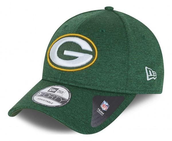 New Era - NFL Green Bay Packers Shadow Tech 9Forty Strapback Cap - Grün Ansicht vorne schräg links