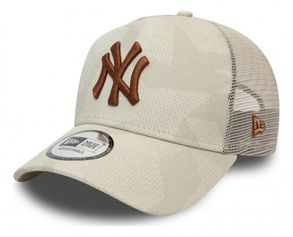 New Era - MLB New York Yankees Multi Camo Trucker Snapback Cap - Blau Ansicht vorne schräg links
