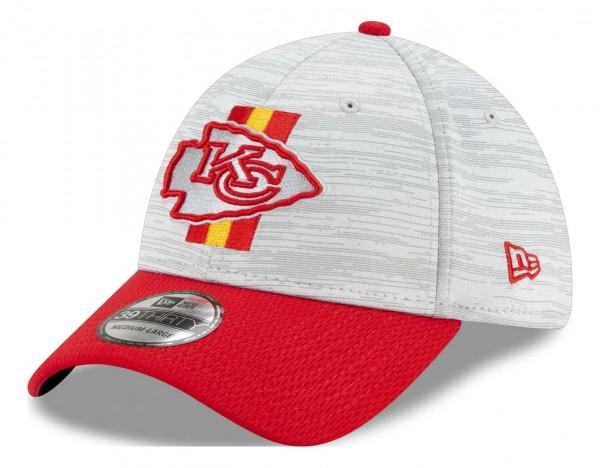 New Era - NFL Kansas City Chiefs 20212 Training 39Thirty Stretch Cap - Grau-Rot Ansicht vorne schräg links
