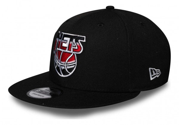 New Era - NBA Brooklyn Nets Hardwood Classic Nights 9Fifty Snapback Cap - Schwarz Ansicht vorne schräg links