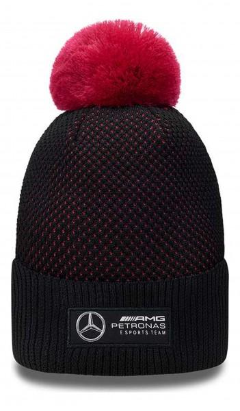 New Era - Mercedes E-Sports Engineered Knit Beanie - Schwarz Vorderansicht
