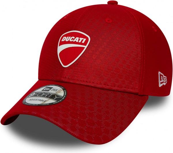 New Era - Ducati FA19 Hex Pattern 9Forty Snapback Cap - Rot Ansicht schräg vornelinks