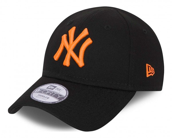 New Era - MLB New York Yankees Neon Pack 9Forty Kids Strapback Cap - Schwarz Ansicht vorne schräg links