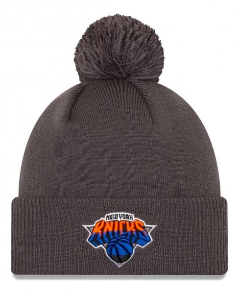 New Era - NBA New York Knicks 2020 City Series Alternate Knit Bobble Beanie - Grau Vorderansicht