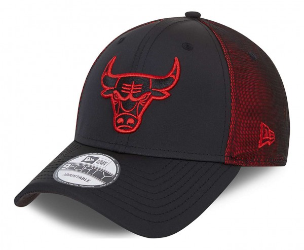 New Era - NBA Chicago Bulls Mesh Undelay 9Forty Strapback Cap - Schwarz Ansicht vorne schräg links