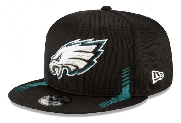 New Era - NFL Philadelphia Eagles 2021 Sideline Home 9Fifty Snapback Cap - Schwarz Ansicht vorne schräg links
