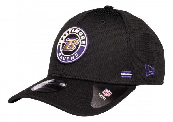 New Era - NFL Baltimore Ravens OnField 2020 Sideline Road Alternative 39Thirty Stretch Cap - Schwarz Ansicht vorne schräg links