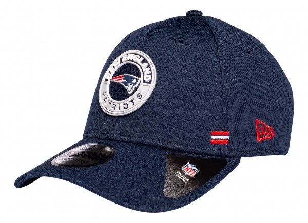New Era - NFL New England Patriots OnField 2020 Sideline Road Alternative 39Thirty Stretch Cap - Blau Ansicht vorne schräg links