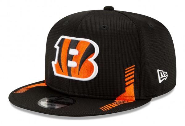 New Era - NFL Cincinnati Bengals 2021 Sideline Home 9Fifty Snapback Cap - Schwarz Ansicht vorne schräg links
