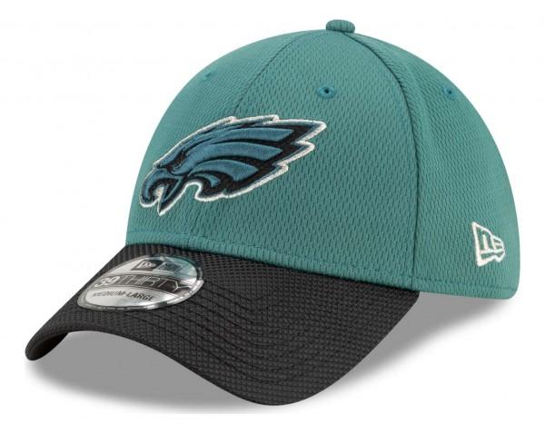 New Era - NFL Philadelphia Eagles 2021 Sideline Road 39Thirty Stretch Cap - Grün Ansicht vorne schräg links